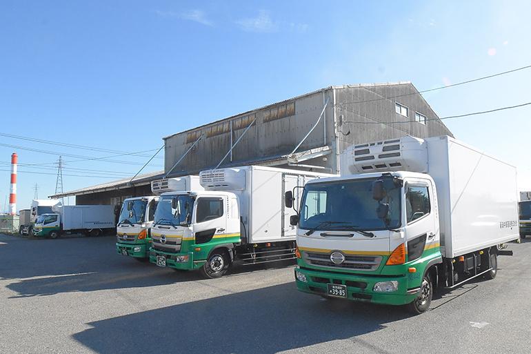 新潟中部運送株式会社車両